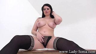 Sexy redhead BBW in lingerie masturbating
